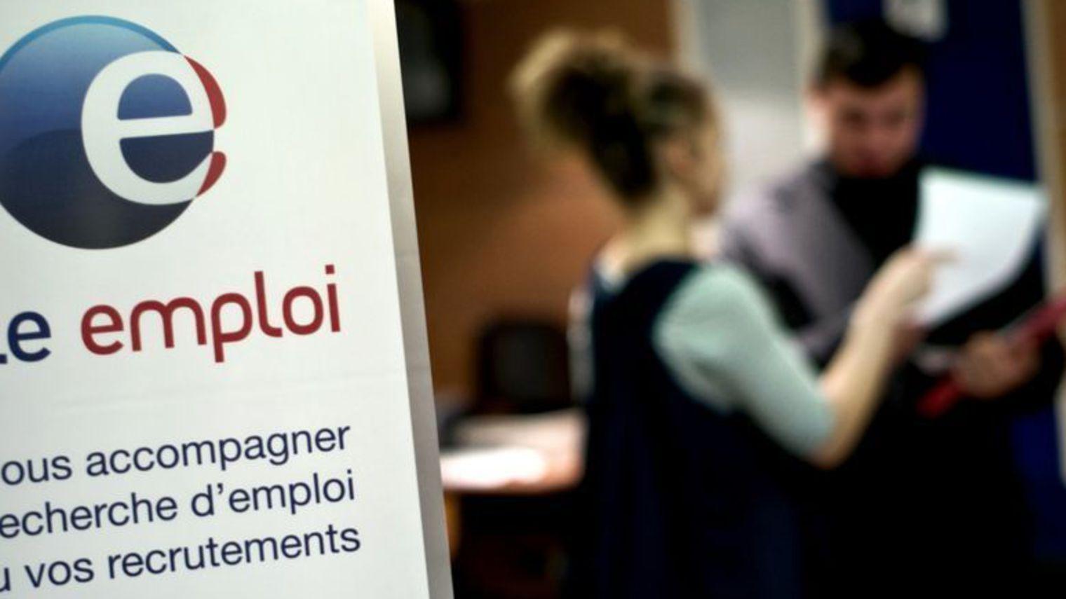 Les Français espèrent la baisse du chômage pour 2016