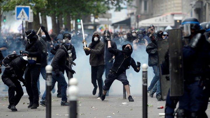 Les manifestations se poursuivent pendant une semaine