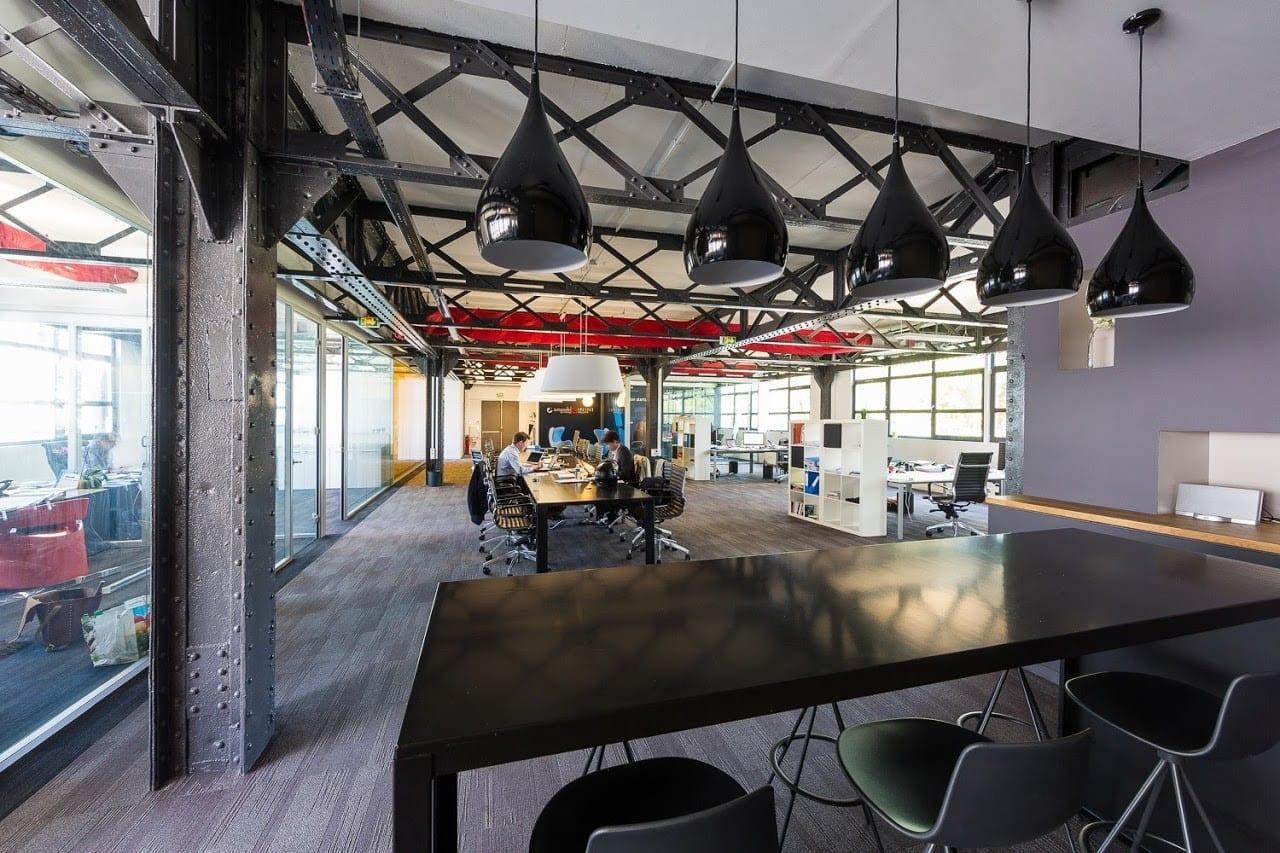 Confort et efficacité : l'aménagement des bureaux professionnels devenu incontournable