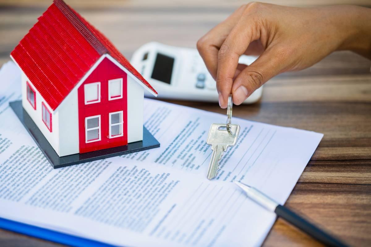 Courtier immobilier gratuit ou payant, lequel choisir ?