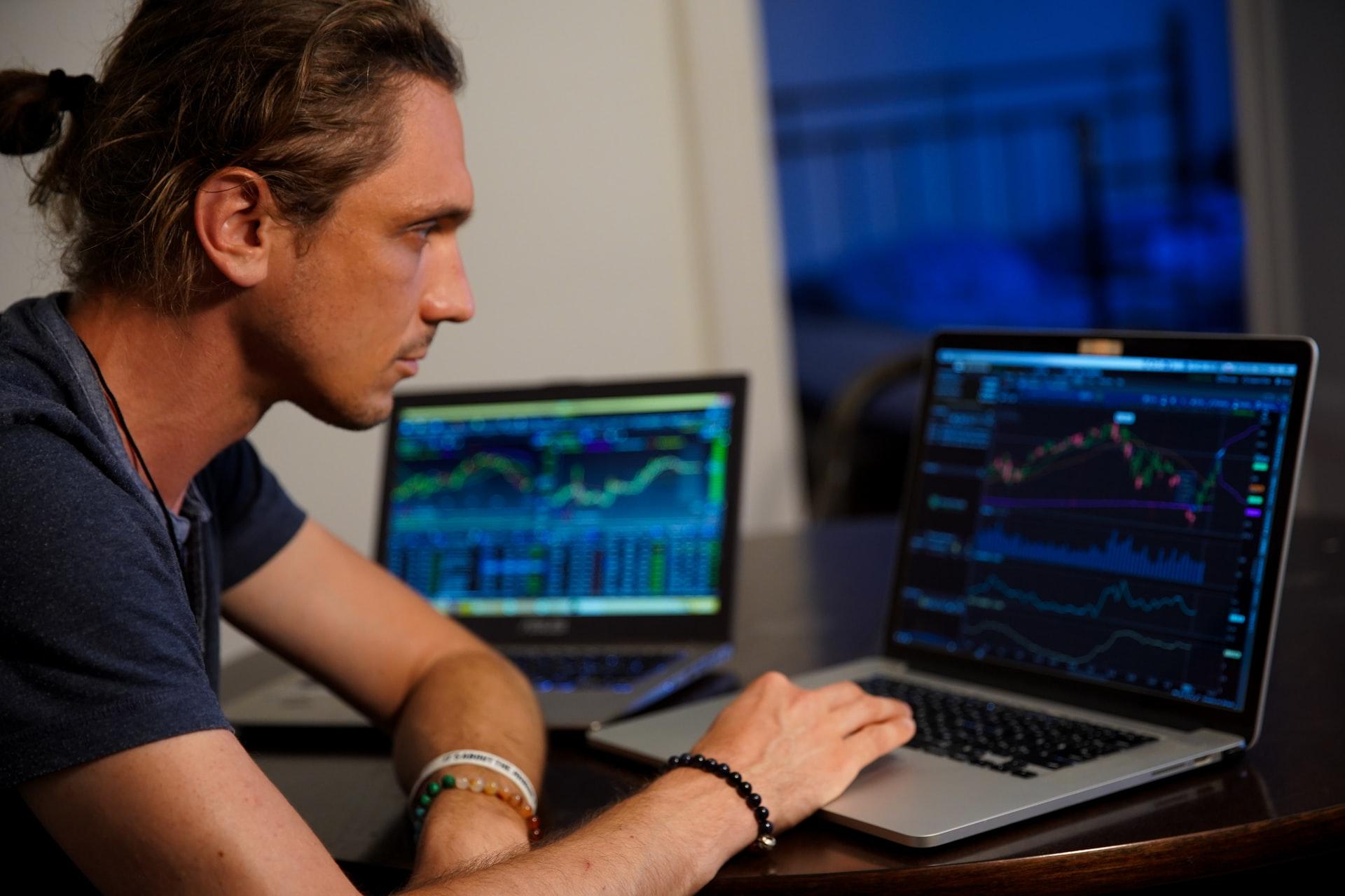 Bourse : Les différents moyens d'acheter des actions