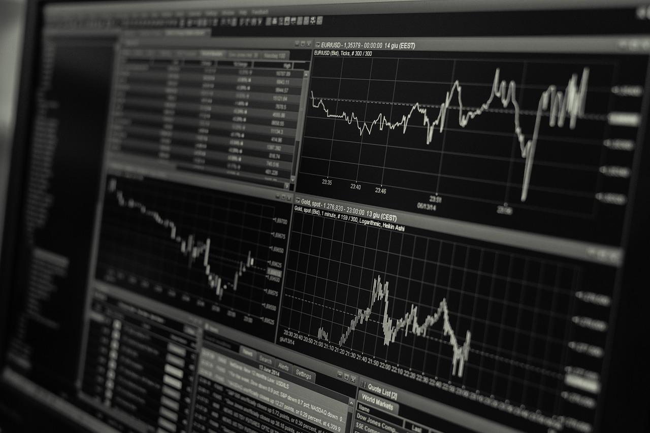 Trading : comment savoir s'il faut acheter ou vendre?